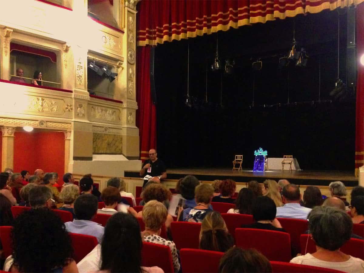 Teatro Filarmonici - Santini prima de La scortecata