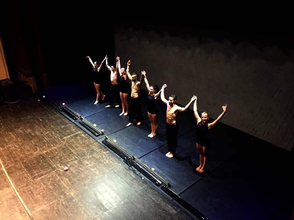Evolution Dance Theater_applausi